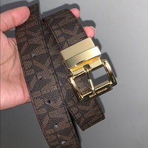 Authentic Micheal Kors reversible belt